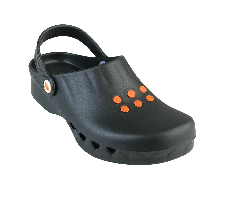 wock-nube-klumpa-papucs-fekete-2020-04