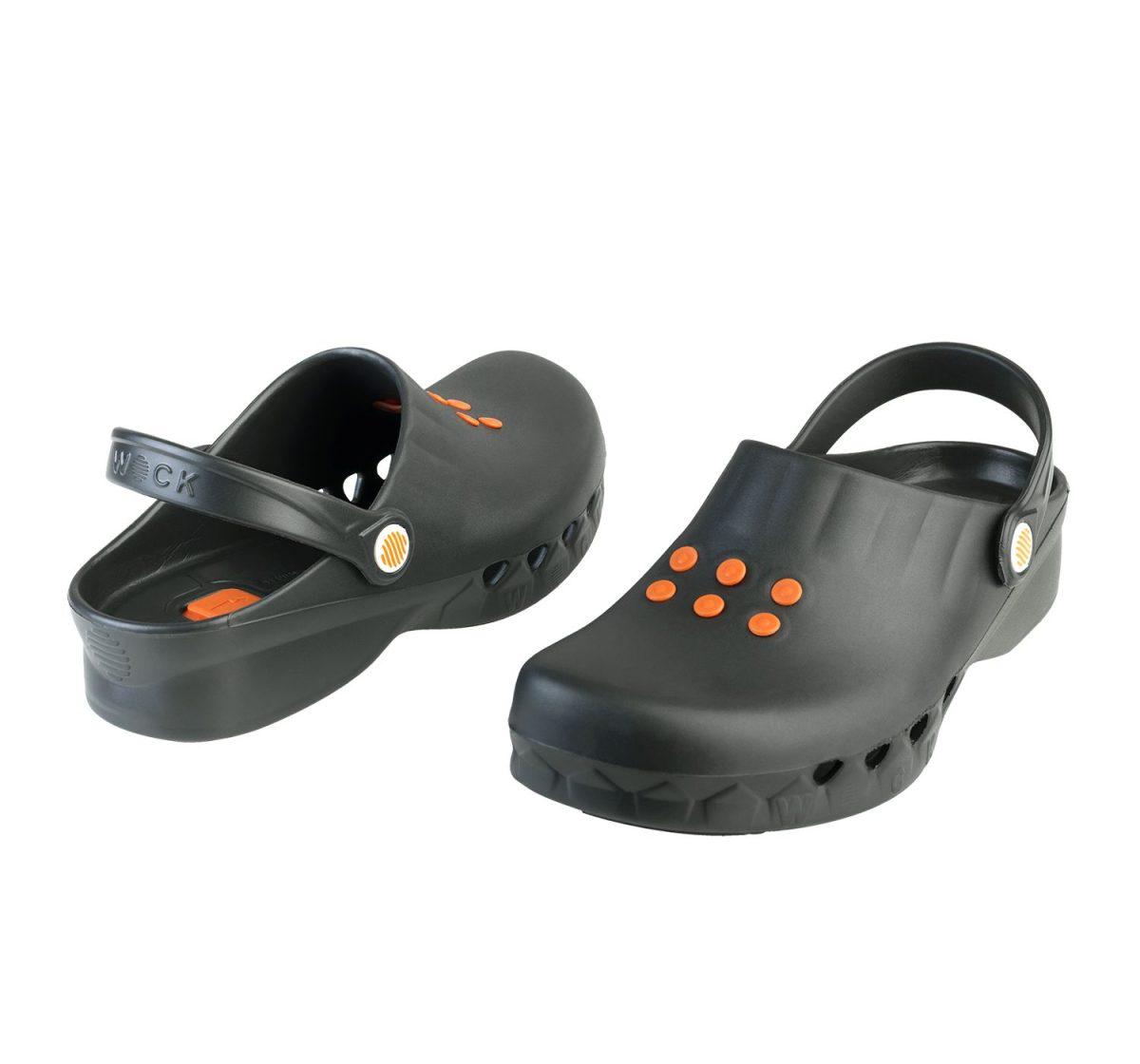 wock-nube-klumpa-papucs-fekete-2020-05
